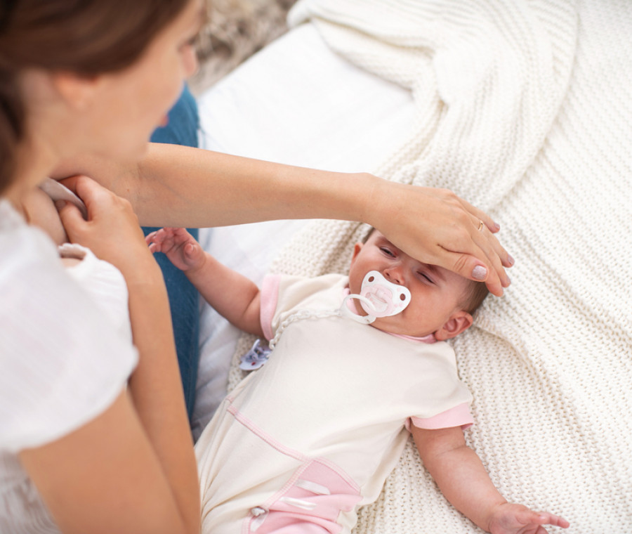 febbre-neonatale-quali-sono-le-cause-e-quando-preoccuparsi