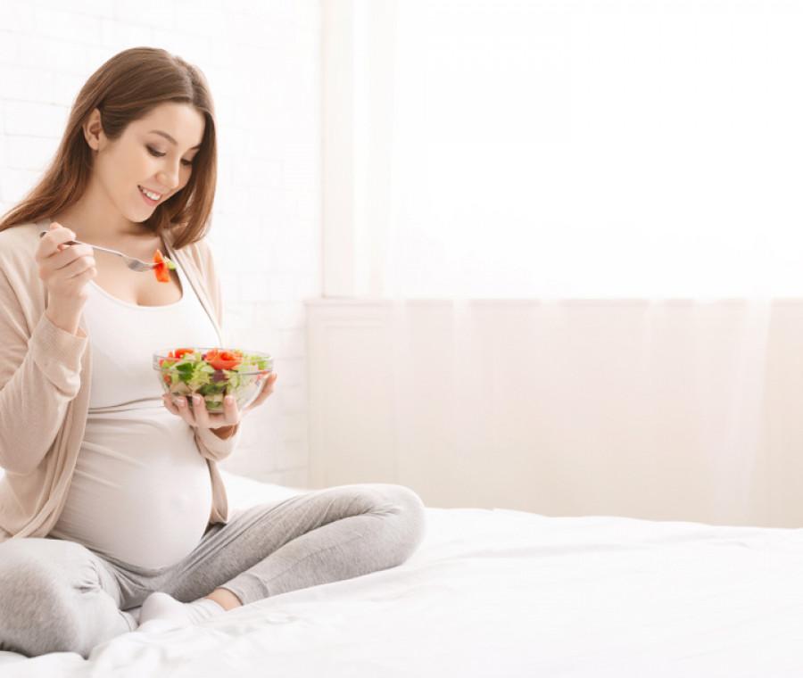 alimentazione-in-gravidanza-e-gengivite