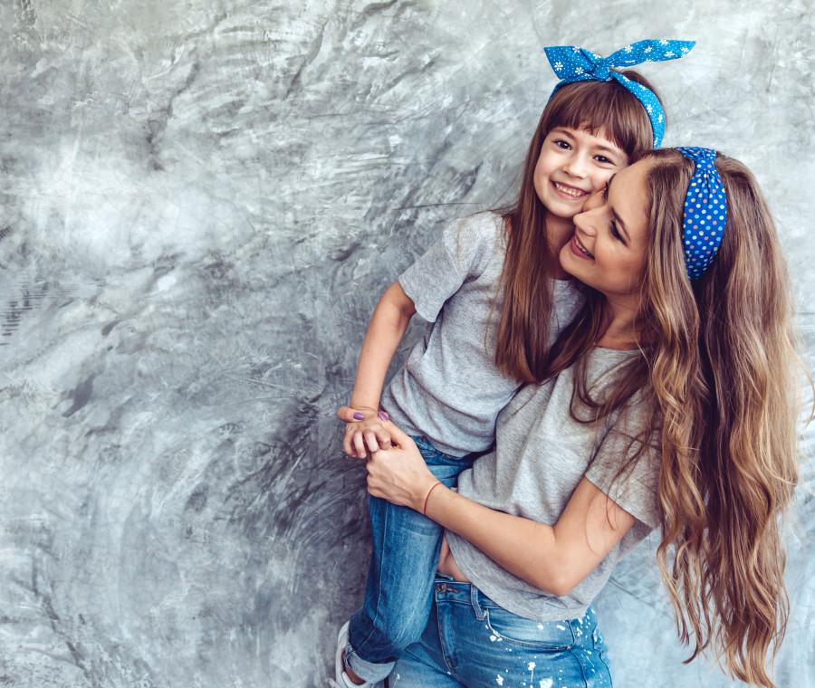 mamma-e-figlia-vestite-uguali