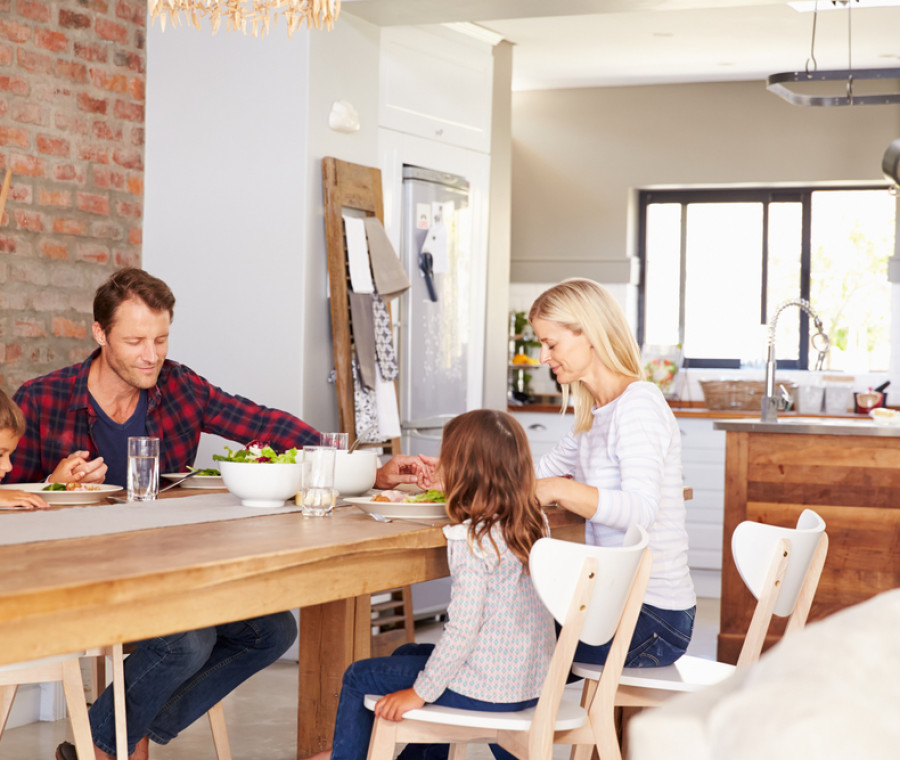 famiglia-cena
