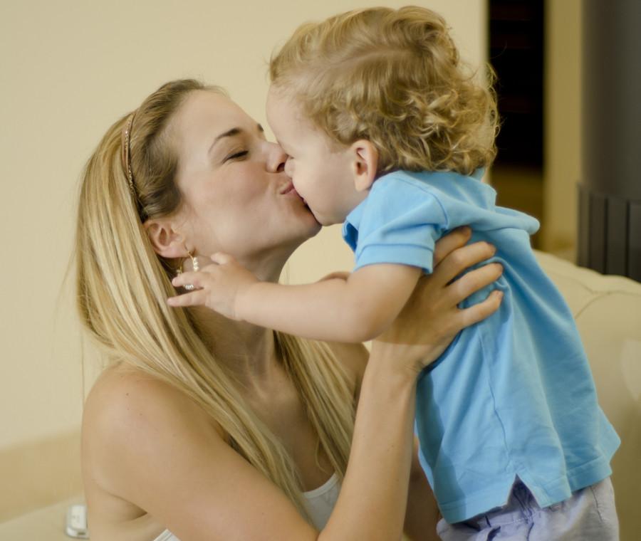 baci-in-bocca-ai-bambini