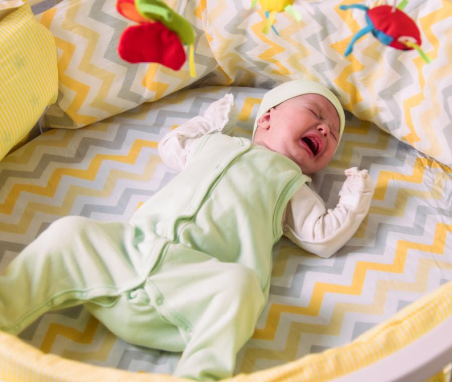 il-neonato-non-fa-la-cacca-2