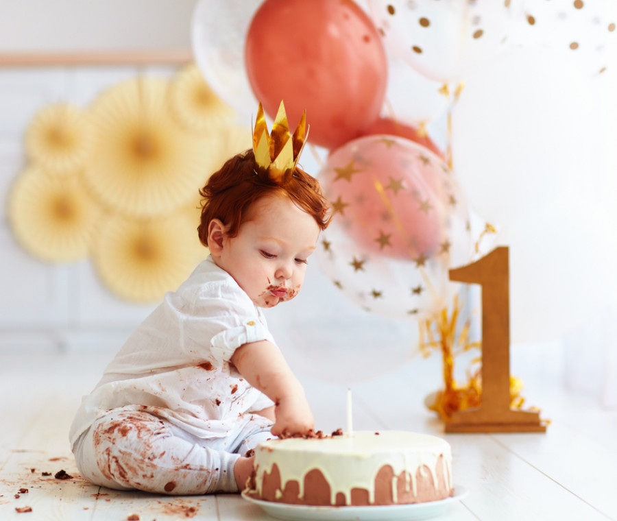 bambino-1-anno