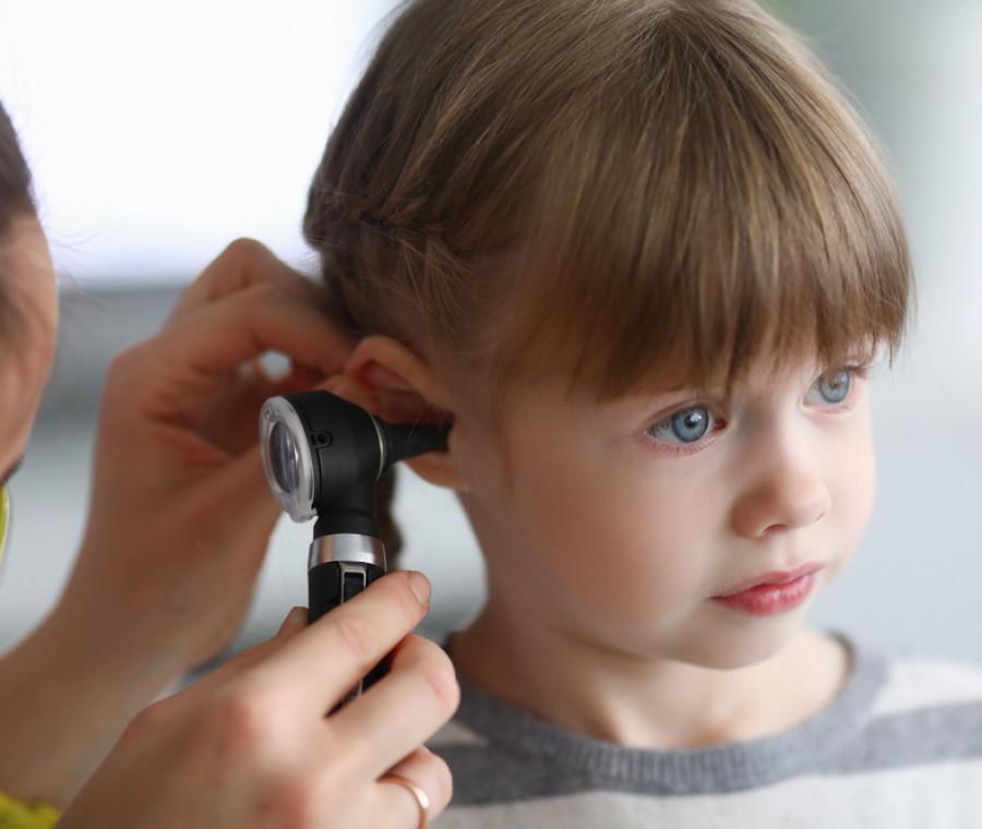catarro-nelle-orecchie-dei-bambini