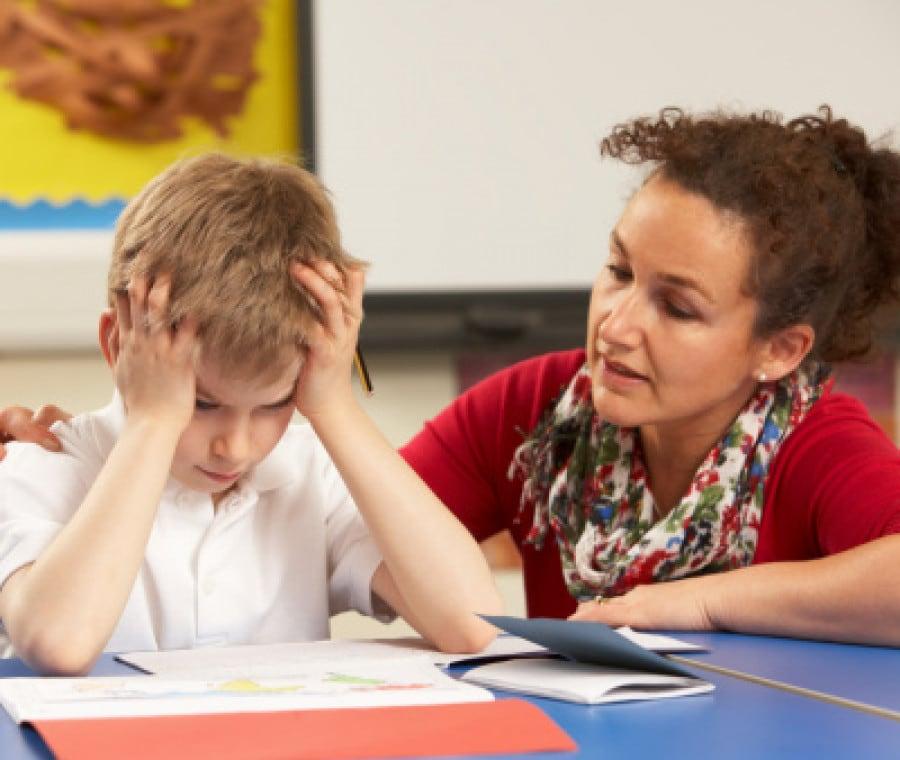 bambino-problemi-scuola