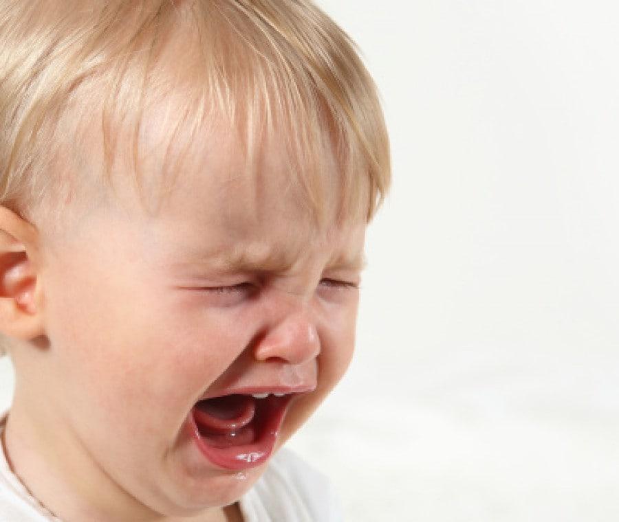 bambino_piange