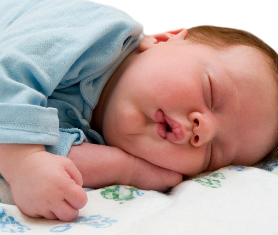 bambino-dorme19
