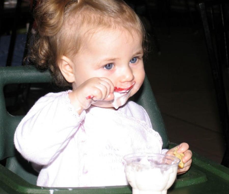 bambini-mangiano-dolci-18