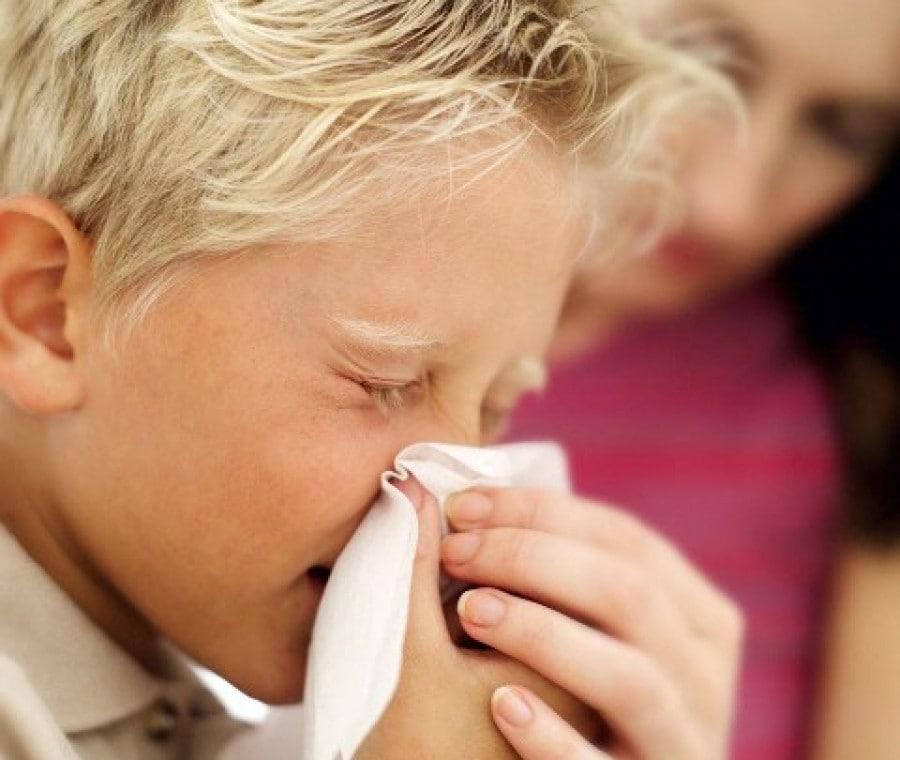 bambini-con-il-raffreddore