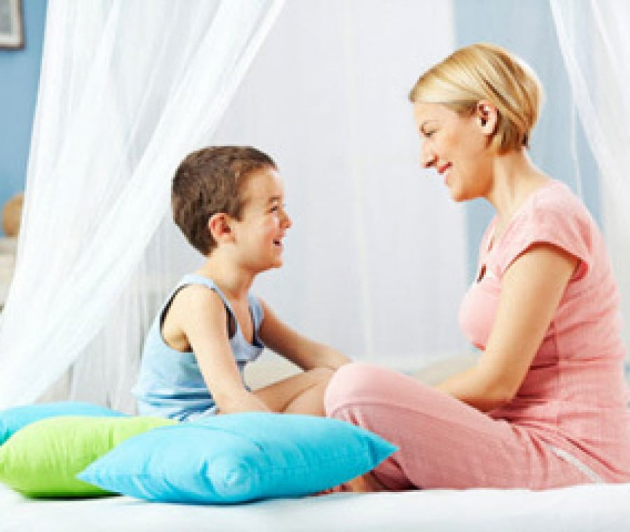 mamma-parla-con-figlio