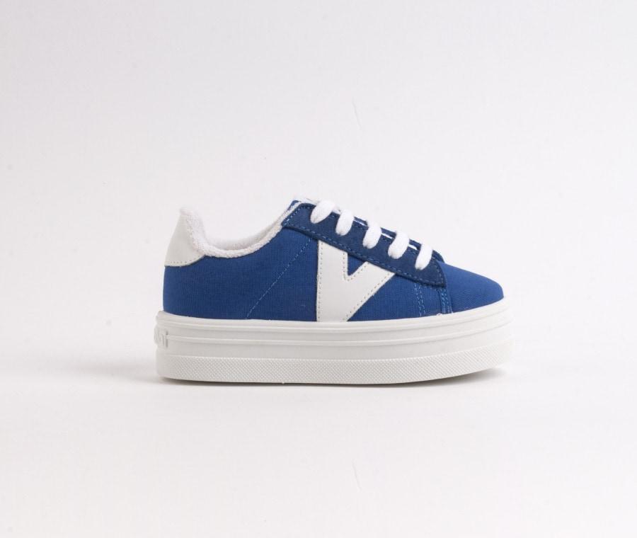 Barcelona colore blu