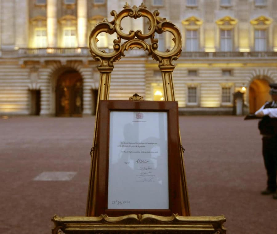 l-annuncio-della-nascita-del-royal-baby