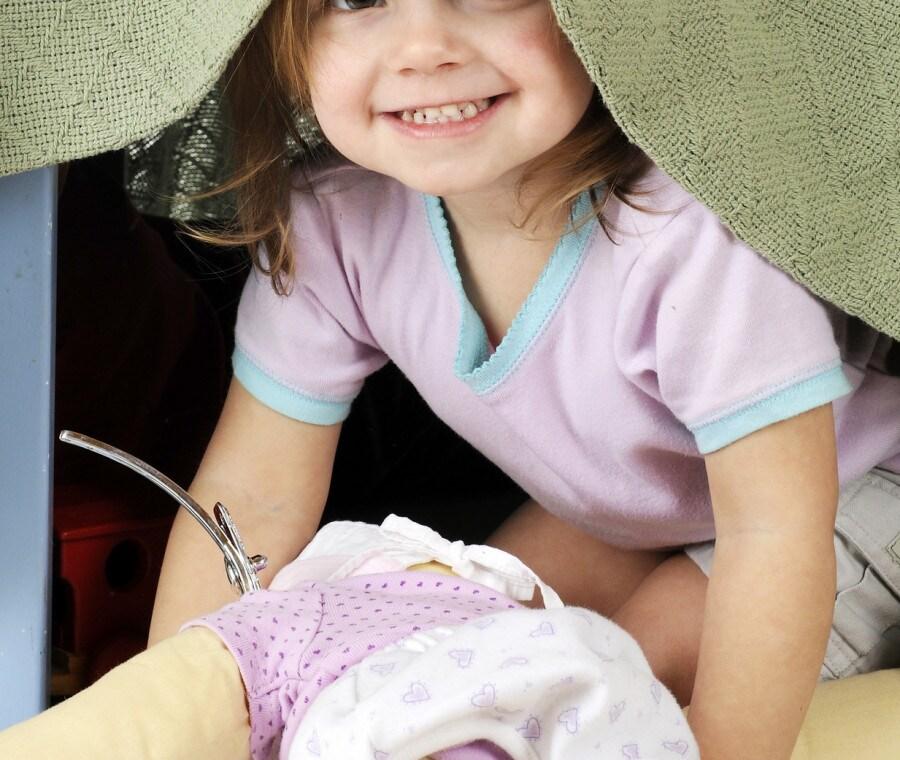spazio-sotto-tavolo-per-bambino