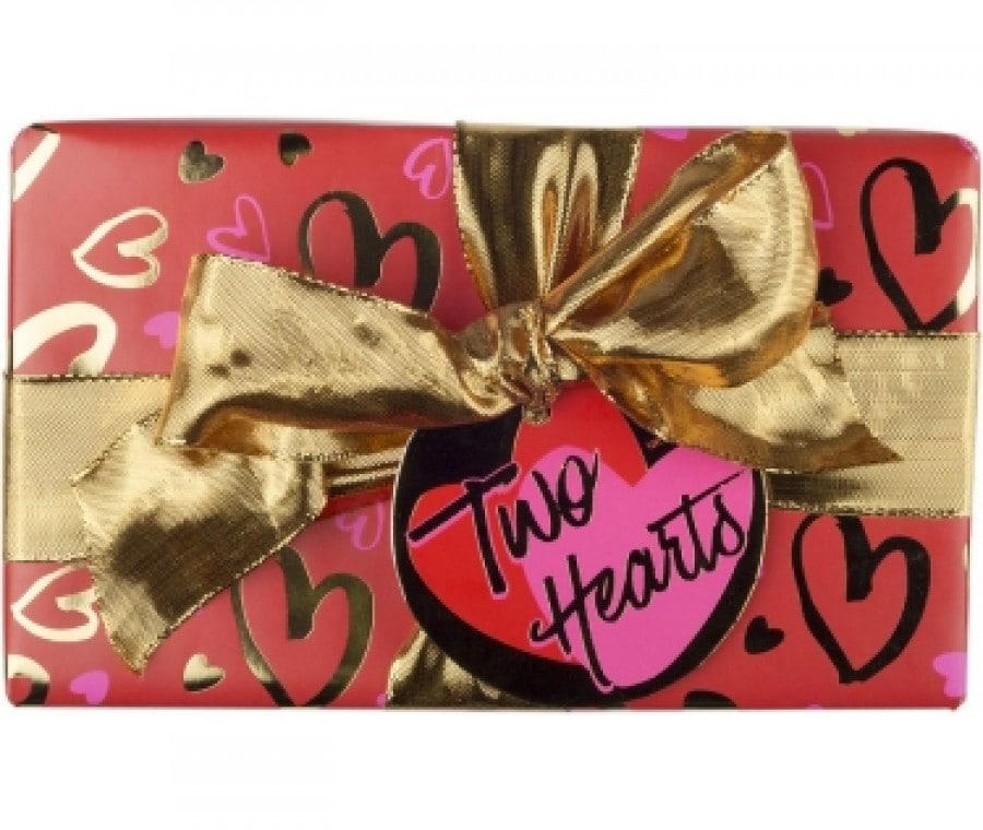 Regali di San Valentino per le mamme | Bagno doccia Lush Two Hearts | Foto